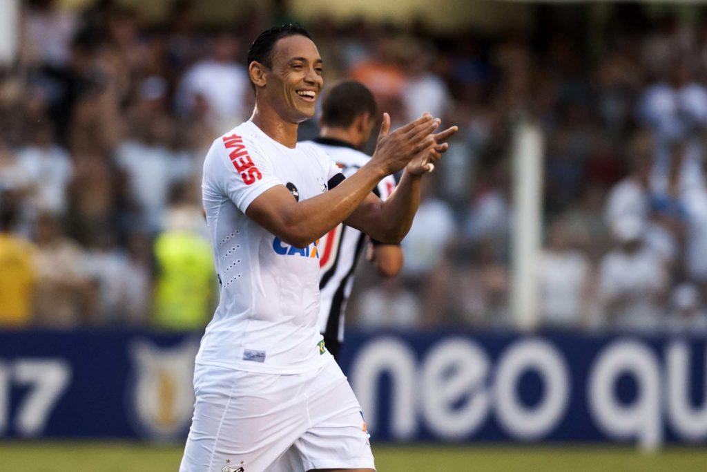 Peres quer Ricardo Oliveira encerrando a carreira no Peixe