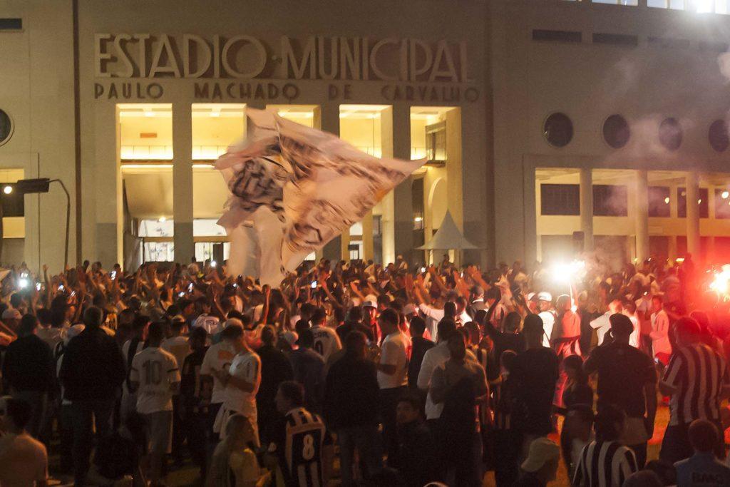 Santos abre venda de ingressos para clássico contra o São Paulo