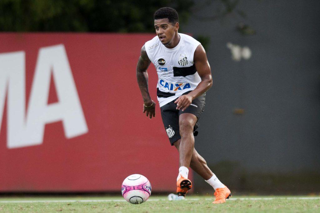 Diogo Vitor se reapresenta no Santos com uma semana de atraso
