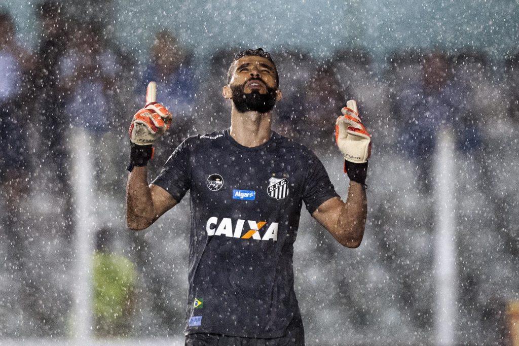Vanderlei nega contatos com o São Paulo e foca o Santos