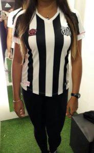 Confira quatro fotos vazadas do novo uniforme do Santos – Diário do ... 3cba082953e94