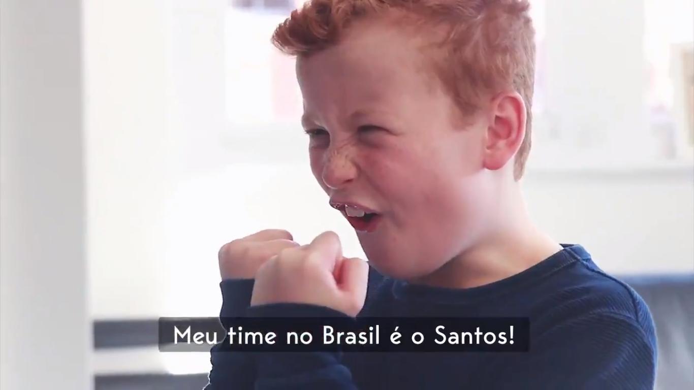 Torcedor símbolo do City faz vídeo sobre nova camisa do Santos c57389af758e0
