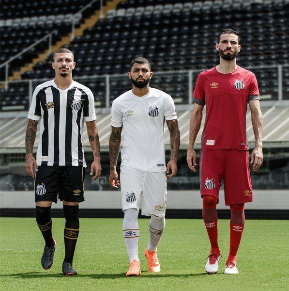 Loja oficial divulga imagem de novos uniformes do Santos d89a9750cd306