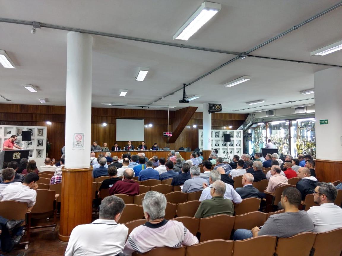 Conselho Deliberativo aprova indicações de Peres ao CG