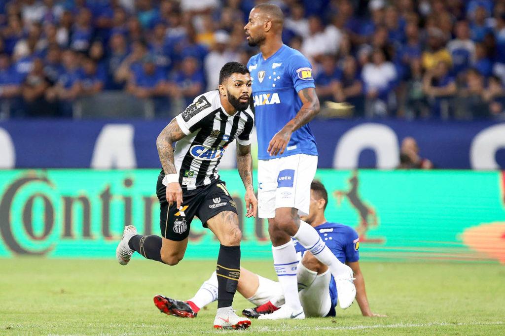 Para se aproximar do G-6, Santos visita o Cruzeiro no Mineirão