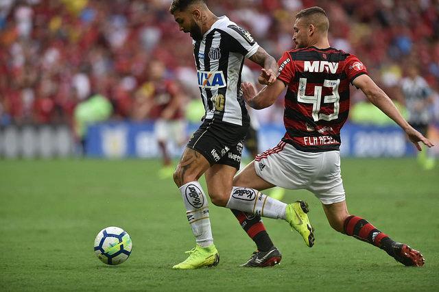 Gabigol lamenta pênalti, mas não vê Libertadores mais longe
