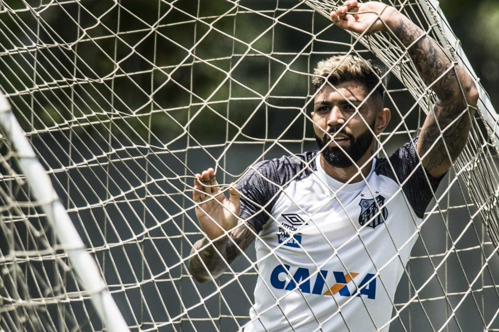 Santos visita Flamengo para seguir na briga pelo G-6