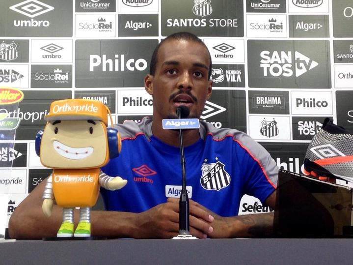 Luiz Felipe aposta na força do elenco do Santos nesta quarta
