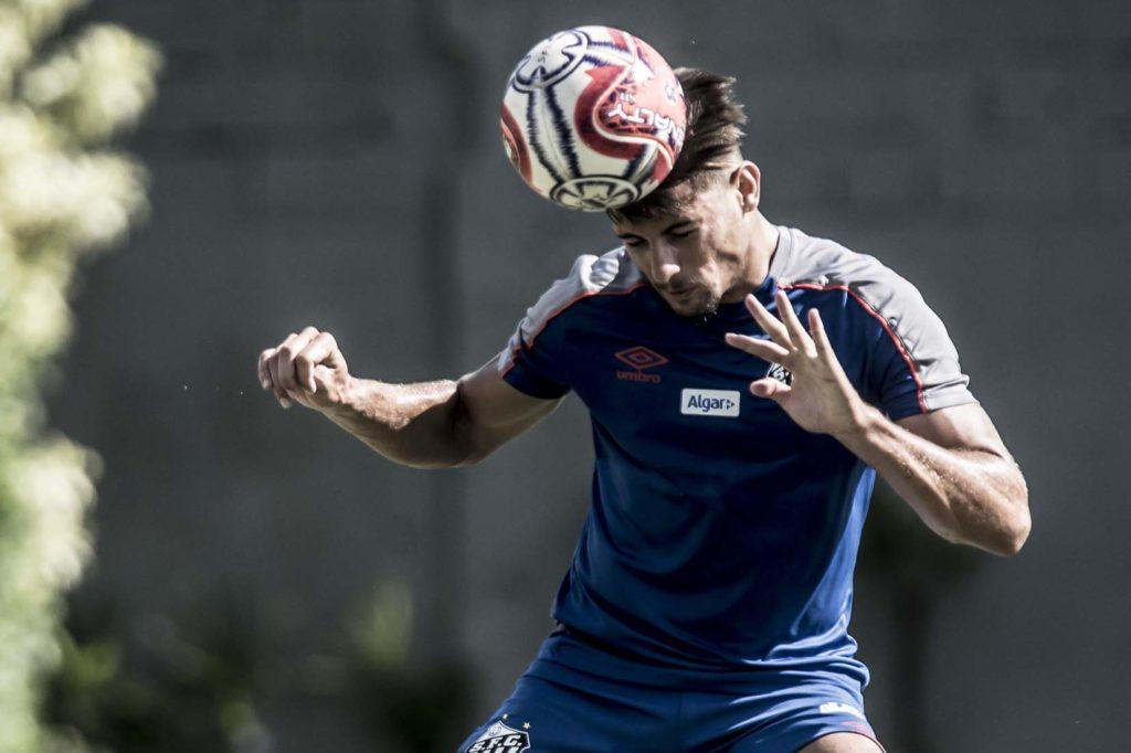 Yuri Alberto vê gol maduro e prevê vitória contra o São Bento