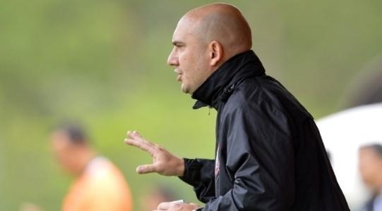 Santos anuncia novos técnicos para categorias sub-17 e sub-20