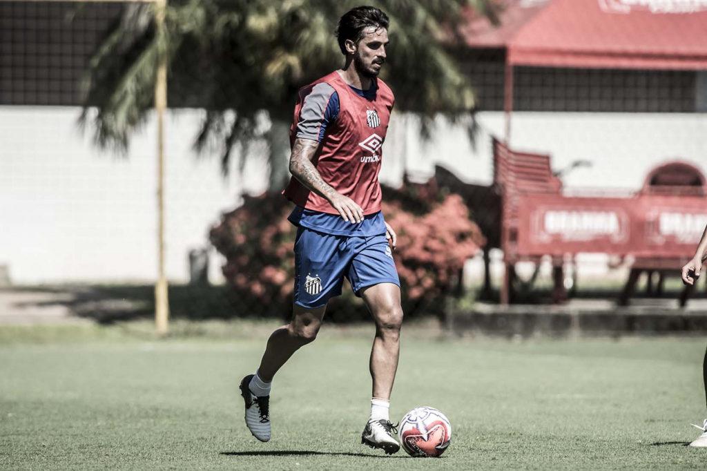 Bryan Ruiz revela desejo de voltar ao Twente, da Holanda