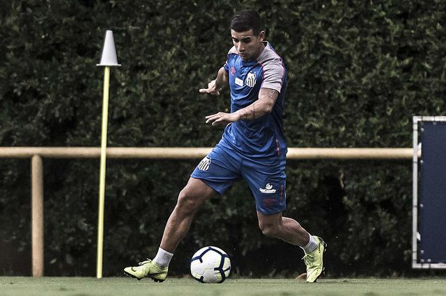 Santos pode ficar sem gringos também no jogo de volta das quartas