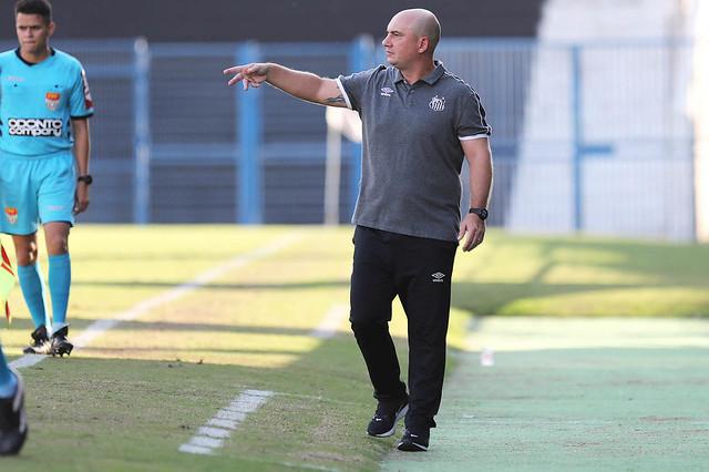 Santos perde clássico no Sub-20 e vive situação complicada