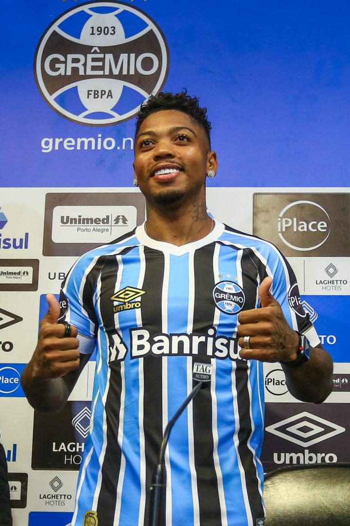 Felipe Jonatan elogia Marinho, que está fora de jogo do Grêmio
