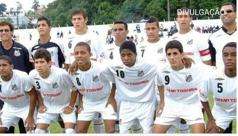 Perto do Santos, Marinho já atuou na base e morou na Vila