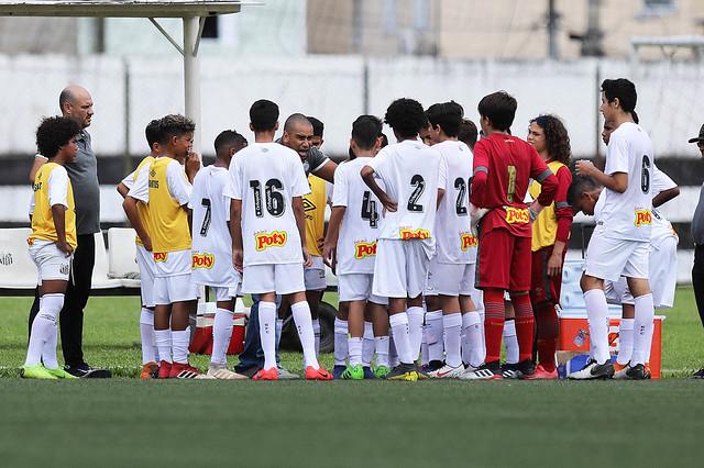 Santos sub-13 bate Santo André em casa; sub-11 empata