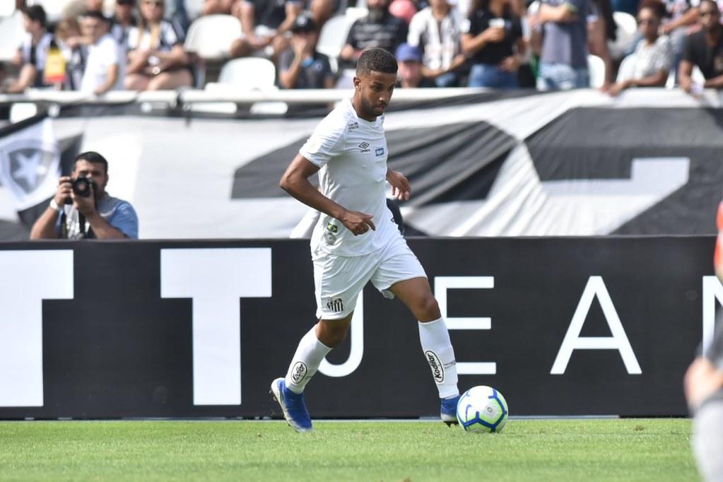 Jorge vê vitória como grandiosa e elogia Botafogo