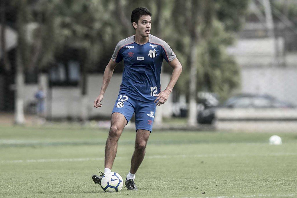 Sampaoli divide elenco do Santos em dois nesta quinta