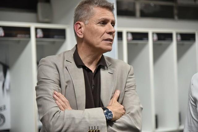Incomodado com Peres, Paulo Autuori não ficará no Santos em 2020