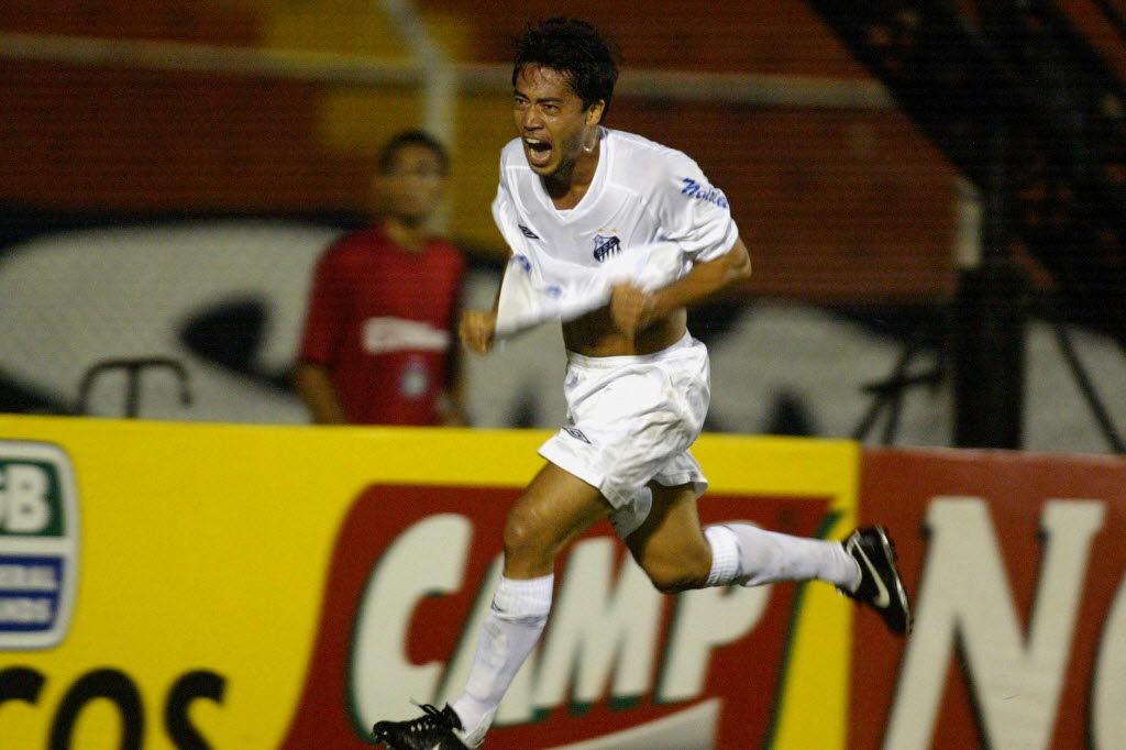 Jogos para sempre: Sem público, Santos bateu o Fortaleza em 2006
