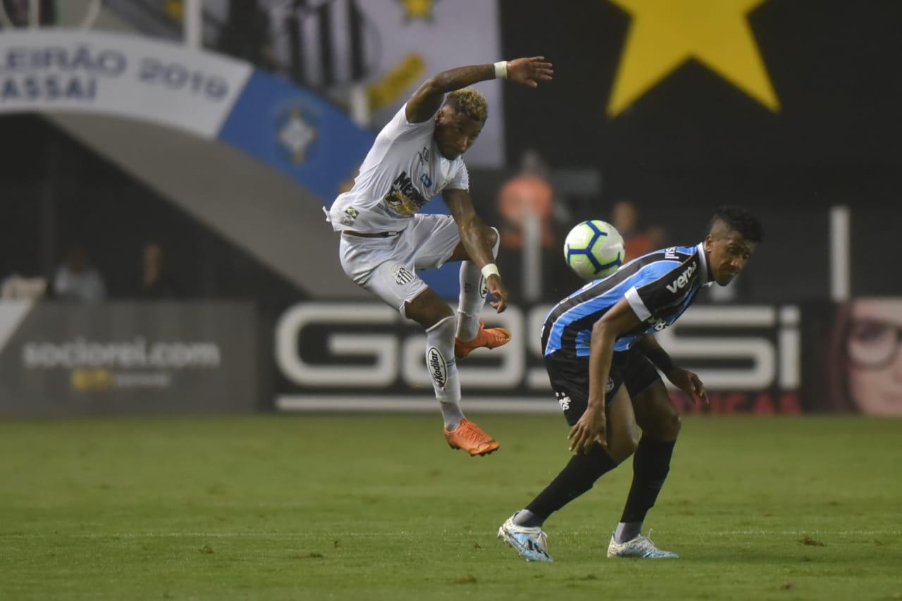 Peixe desaba com o gol do Grêmio. Confira as atuações