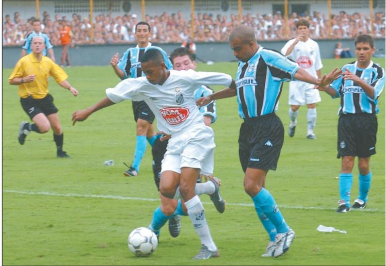 Na Vila, Grêmio é freguês do Peixe em partidas do Brasileirão