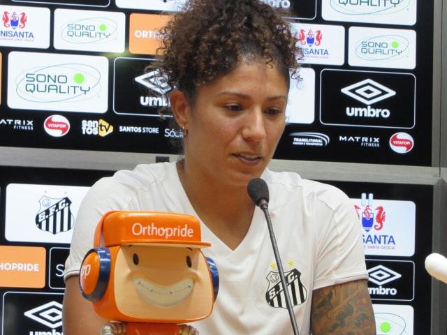 Cristiane vai cobrar jogos na Vila e Peres critica Sampaoli por veto