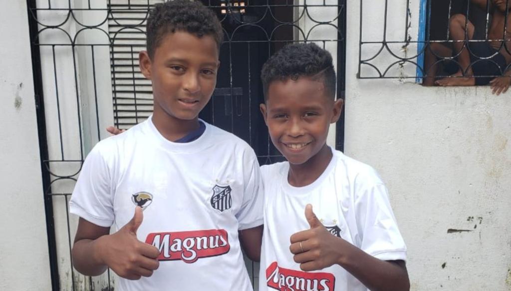 Santos também convida colega de garoto que viralizou na web para teste