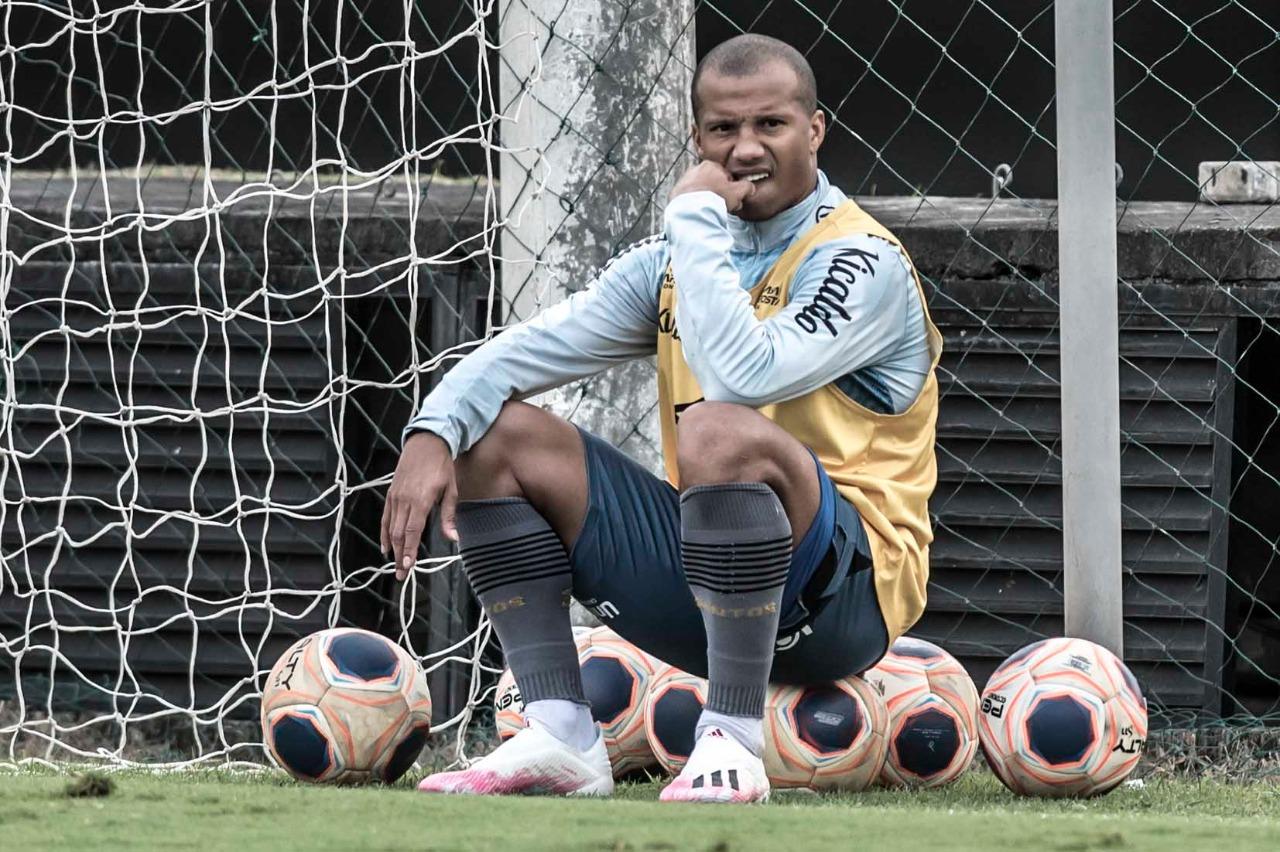 Santos recebe a Ponte Preta para seguir sonhando com título Paulista