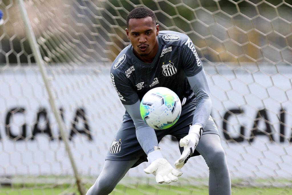 John: estreia em Libertadores e na altitude de Quito. Arzul fala das dificuldades