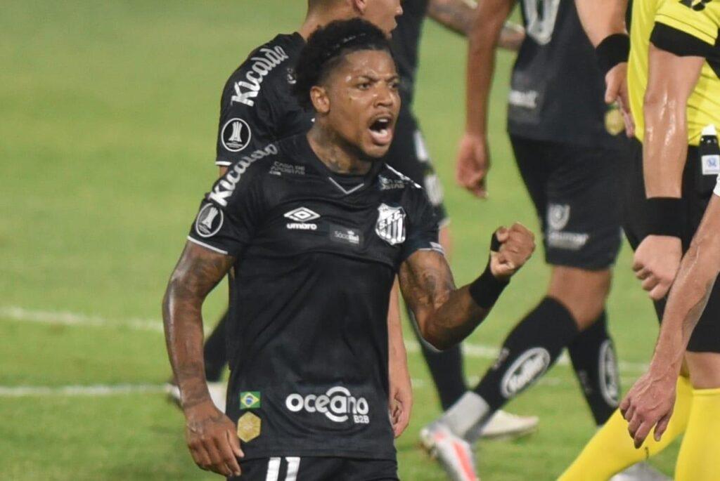 Na TV: Saiba onde assistir Santos e LDU pela oitavas da Libertadores
