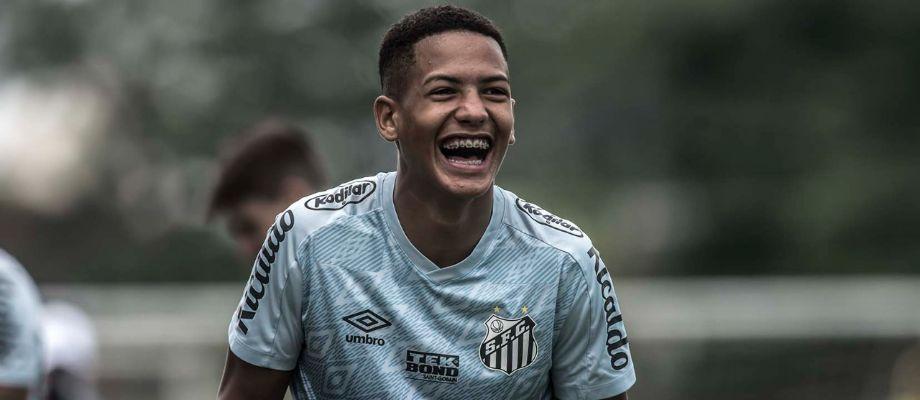 Ângelo descreve emoção do recorde na Libertadores relação com Holan