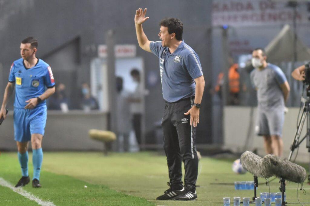Santos é o time com mais cruzamentos no Brasileirão 2021